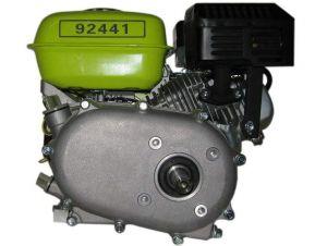 Moteur essence 6,5 Hp, 4,8 Kw avec embrayage à bain d'huile, réducteur 1/2 , arbre à clavette de 19.96mm .